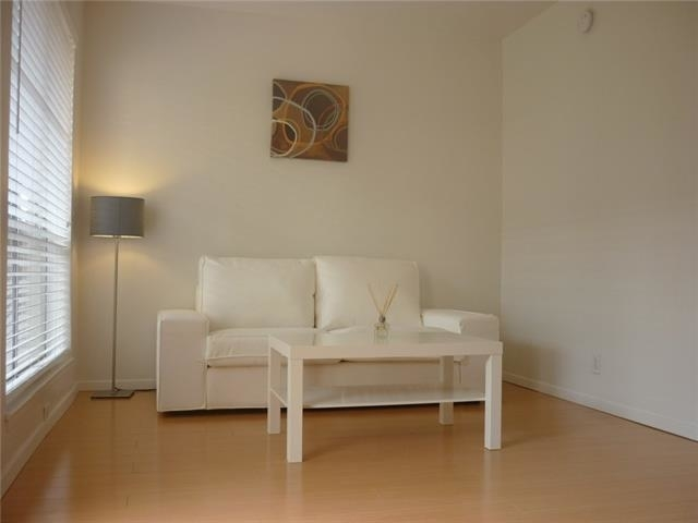 1 Bedroom, Highland Meadows Rental in Dallas for $770 - Photo 2