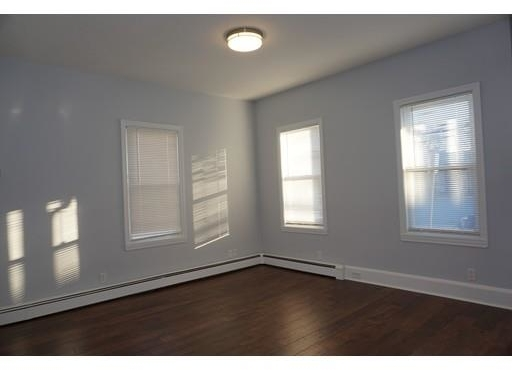 2 Bedrooms, Bank Square Rental in Boston, MA for $2,100 - Photo 2