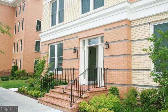 3 Bedrooms, Potomac Yard - Potomac Greens Rental in Washington, DC for $3,350 - Photo 1