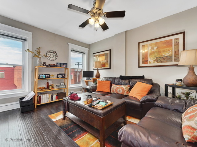 2 Bedrooms, Bucktown Rental in Chicago, IL for $1,750 - Photo 2