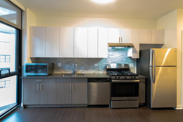 Studio, Fulton River District Rental in Chicago, IL for $1,500 - Photo 2
