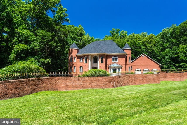 5 Bedrooms, Potomac Rental in Washington, DC for $10,000 - Photo 2