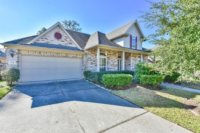 4 Bedrooms, Fall Creek Rental in Houston for $2,400 - Photo 2