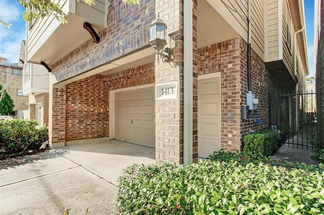 3 Bedrooms, Greater Heights Rental in Houston for $2,900 - Photo 2
