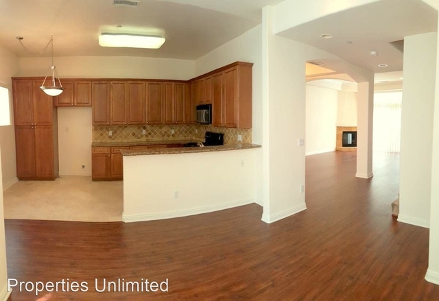 3 Bedrooms, Sherman Oaks Rental in Los Angeles, CA for $3,490 - Photo 2