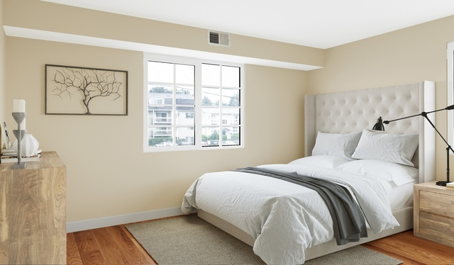 1 Bedroom, Foxchase Apartments Rental in Washington, DC for $29,242 - Photo 2