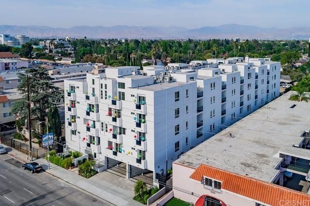 2 Bedrooms, Van Nuys Rental in Los Angeles, CA for $2,495 - Photo 1