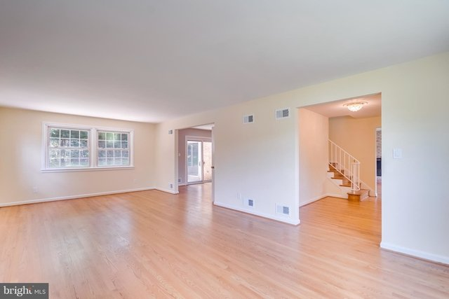 4 Bedrooms, Bethesda Rental in Washington, DC for $4,850 - Photo 2
