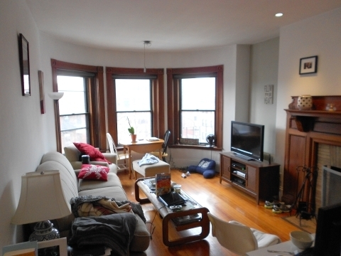1 Bedroom, Kenmore Rental in Boston, MA for $2,795 - Photo 2
