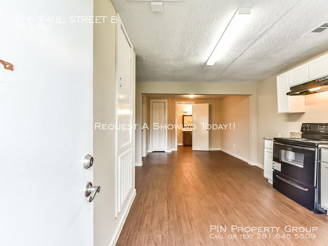 2 Bedrooms, Satsuma Gardens Rental in Houston for $850 - Photo 2