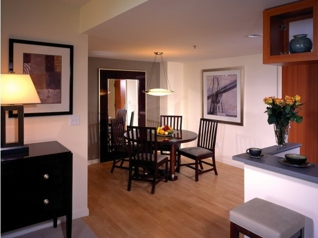 2 Bedrooms, Cambridgeport Rental in Boston, MA for $4,243 - Photo 1