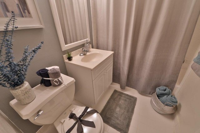 2 Bedrooms, Larchmont Village Apartments West Rental in Washington, DC for $1,590 - Photo 2