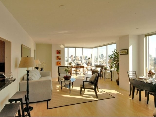 2 Bedrooms, Cambridgeport Rental in Boston, MA for $4,501 - Photo 1