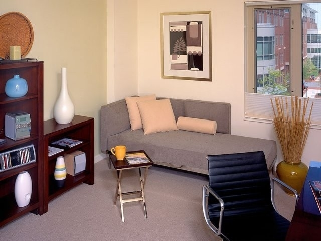 2 Bedrooms, Cambridgeport Rental in Boston, MA for $3,873 - Photo 2