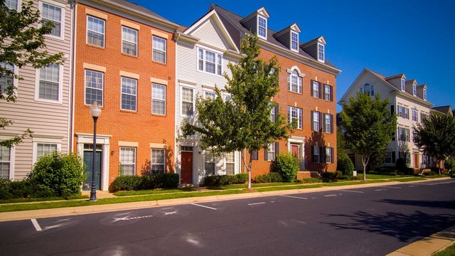 1 Bedroom, Larchmont Village Apartments West Rental in Washington, DC for $1,786 - Photo 1