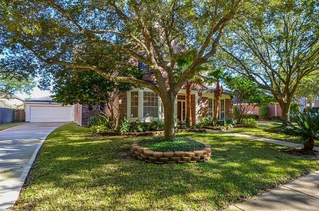 5 Bedrooms, The Lakes Rental in Houston for $2,600 - Photo 2