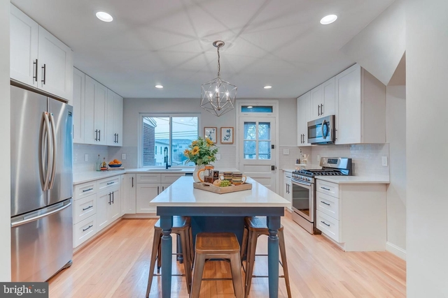 2 Bedrooms, Lynhaven Rental in Washington, DC for $2,750 - Photo 1