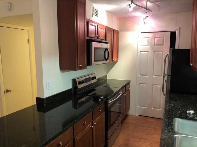 2 Bedrooms, East Chastain Park Rental in Atlanta, GA for $1,175 - Photo 2