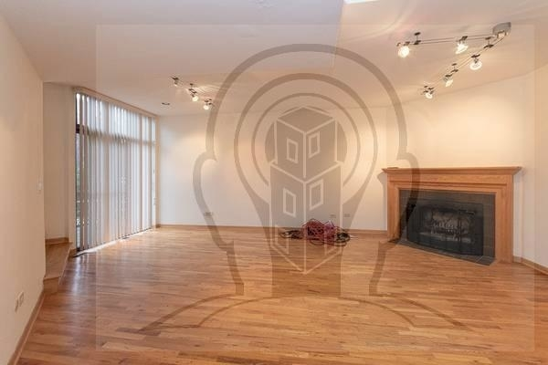 2 Bedrooms, Lincoln Park Rental in Chicago, IL for $2,785 - Photo 1