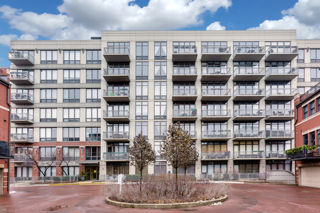 2 Bedrooms, Goose Island Rental in Chicago, IL for $2,300 - Photo 1