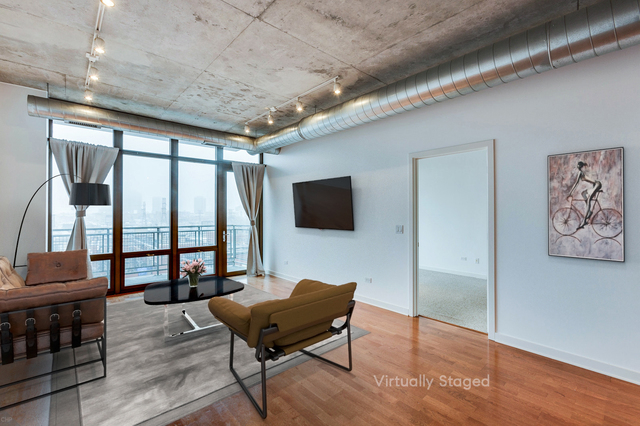 2 Bedrooms, Goose Island Rental in Chicago, IL for $2,300 - Photo 2