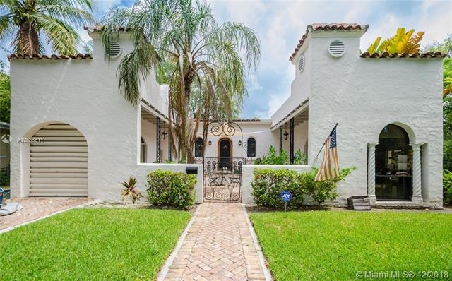 2 Bedrooms, Coral Gables Section Rental in Miami, FL for $3,500 - Photo 1