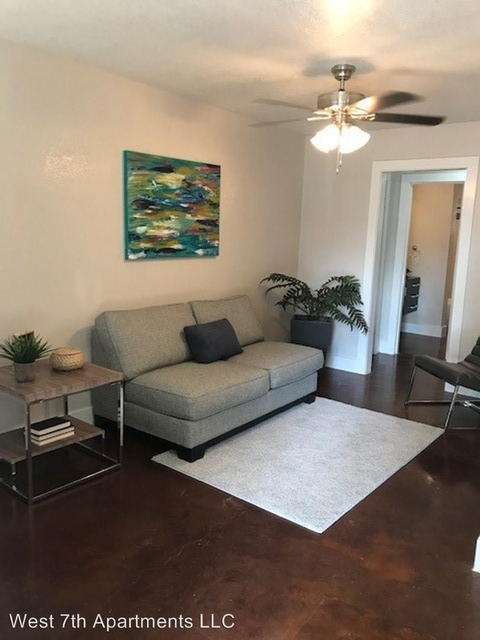 1 Bedroom, Country Club Heights Rental in Dallas for $995 - Photo 2