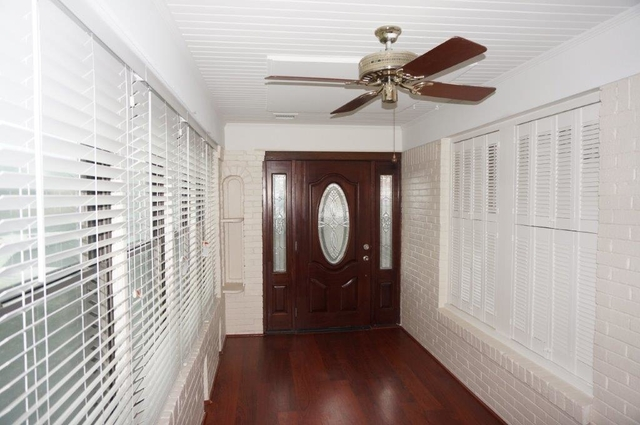 3 Bedrooms, West Heights Rental in Houston for $1,990 - Photo 2