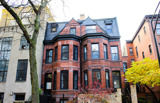 3 Bedrooms, Lincoln Park Rental in Chicago, IL for $3,000 - Photo 1