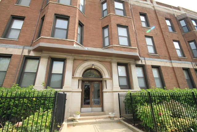 2 Bedrooms, Sheffield Rental in Chicago, IL for $2,550 - Photo 1