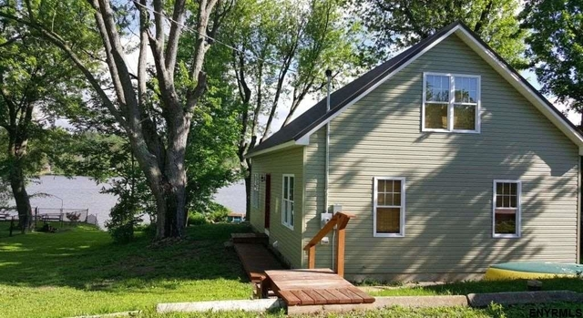 3 Bedrooms Mariaville Lake Rental In Amsterdam Ny For 1 700 Photo