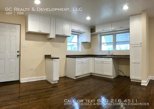 3 Bedrooms, South Deering Rental in Chicago, IL for $1,400 - Photo 2