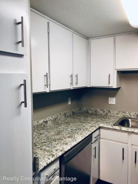 1 Bedroom, Lindale Rental in Houston for $850 - Photo 2