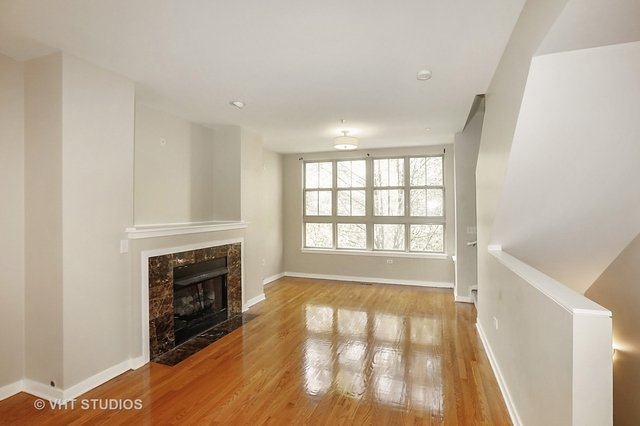 2 Bedrooms, South Loop Rental in Chicago, IL for $2,800 - Photo 2