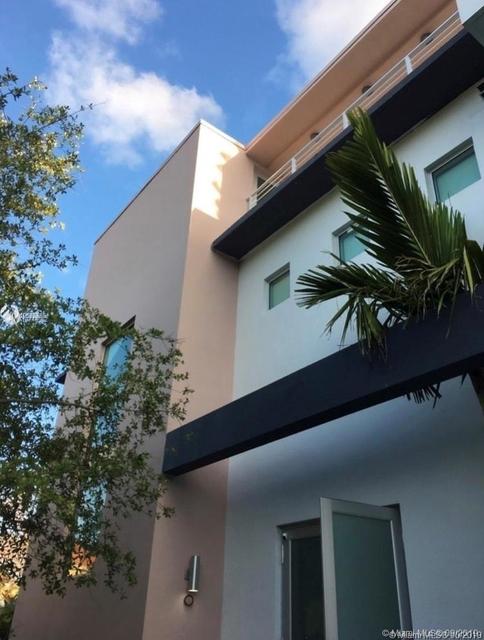 3 Bedrooms, Northeast Coconut Grove Rental in Miami, FL for $7,000 - Photo 1