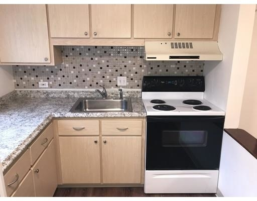 2 Bedrooms, North Waltham Rental in Boston, MA for $2,000 - Photo 2