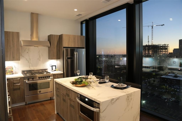 2 Bedrooms, Downtown Houston Rental in Houston for $4,800 - Photo 1