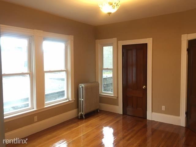 2 Bedrooms, Ten Hills Rental in Boston, MA for $2,200 - Photo 2