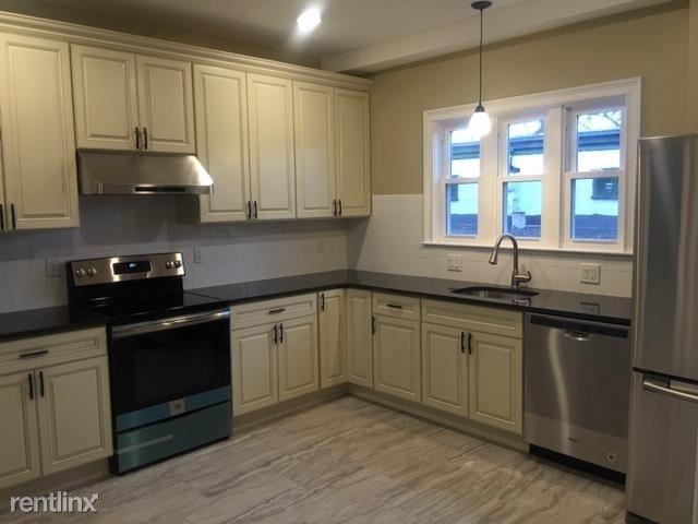 2 Bedrooms, Ten Hills Rental in Boston, MA for $2,200 - Photo 1