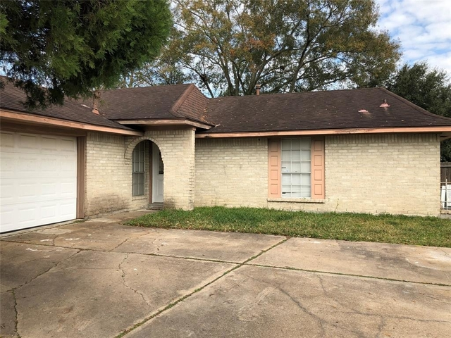 3 Bedrooms, Sagemont Rental in Houston for $1,475 - Photo 1