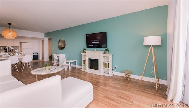 1 Bedroom, Golden Shores Ocean Boulevard Estates Rental in Miami, FL for $2,000 - Photo 1