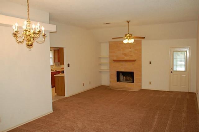 3 Bedrooms, Summerfields Rental in Dallas for $1,400 - Photo 2