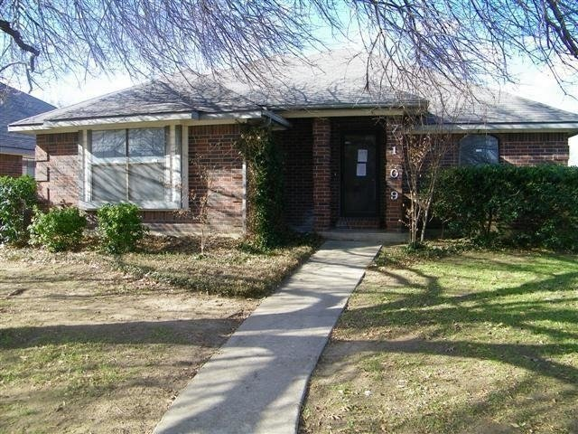 3 Bedrooms, Summerfields Rental in Dallas for $1,400 - Photo 1