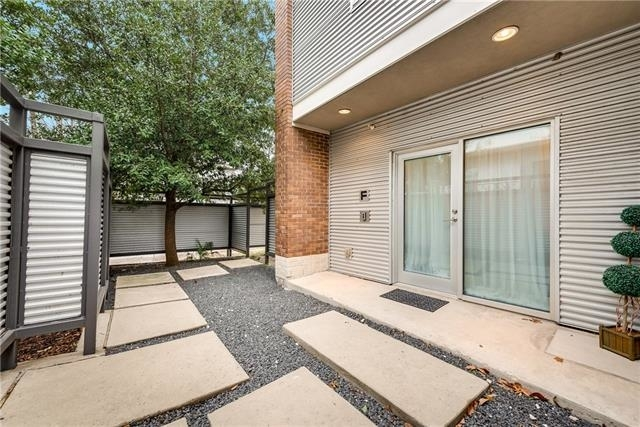 3 Bedrooms, Oak Lawn Rental in Dallas for $4,350 - Photo 2