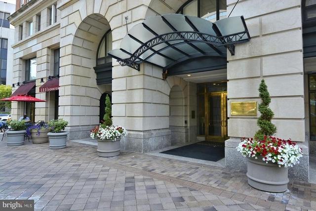2 Bedrooms, Penn Quarter Rental in Washington, DC for $3,000 - Photo 2