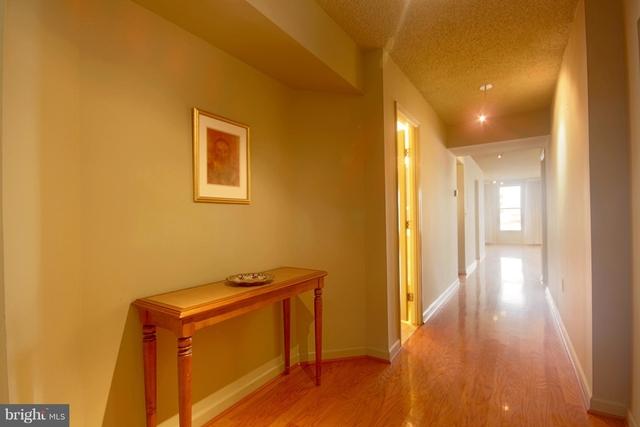 2 Bedrooms, Penn Quarter Rental in Washington, DC for $2,995 - Photo 2