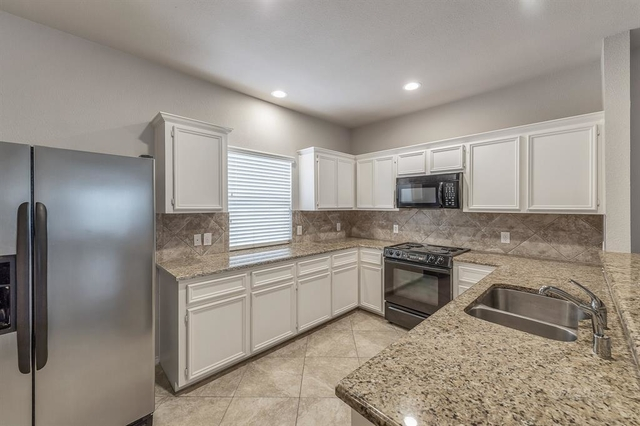 2 Bedrooms, Downtown Houston Rental in Houston for $1,998 - Photo 2