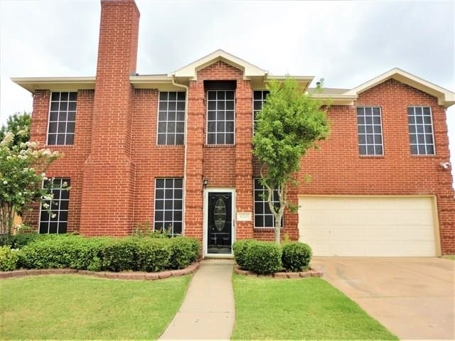 3BR at 8205 Yacht Street - Photo 1