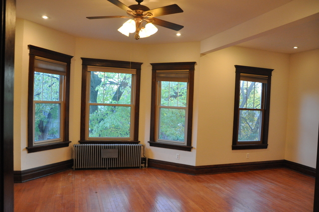 3 Bedrooms, Horner Park Rental in Chicago, IL for $2,000 - Photo 2