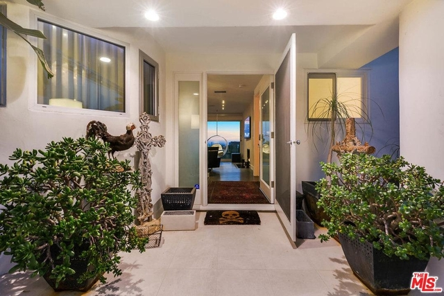 5 Bedrooms, Hollywood Hills West Rental in Los Angeles, CA for $13,975 - Photo 2